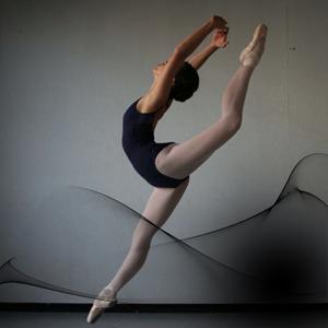 Clara, alumna de Dantza Eskola en el Real Conservatorio de Danza